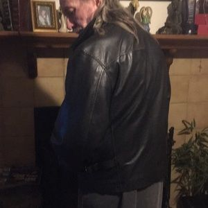 Beautiful like new black Wilsons leather jacket